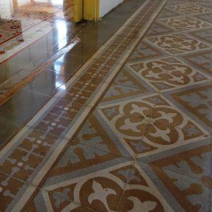 Restauración y pulido mosaico hidráulico