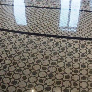 Pulir y abrillantar suelo mosaico