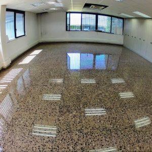 Pulido pavimento de terrazo